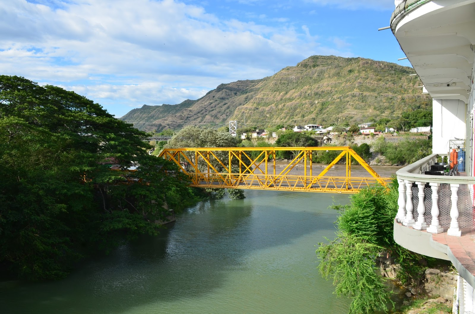 Honda Panama City >> Honda: The City of Bridges (Tolima, Colombia) - Nomadic Niko